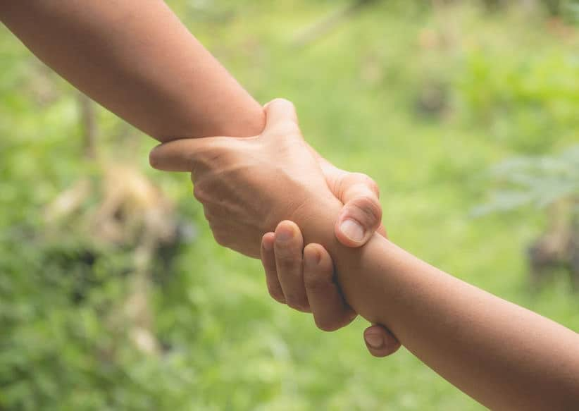 kindness helps relieves sensations of physical and mental pain